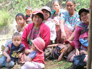 In Workshops lernen die Maya ihre Rechte kennen. Bild: Alicia Medina/ Fastenopfer