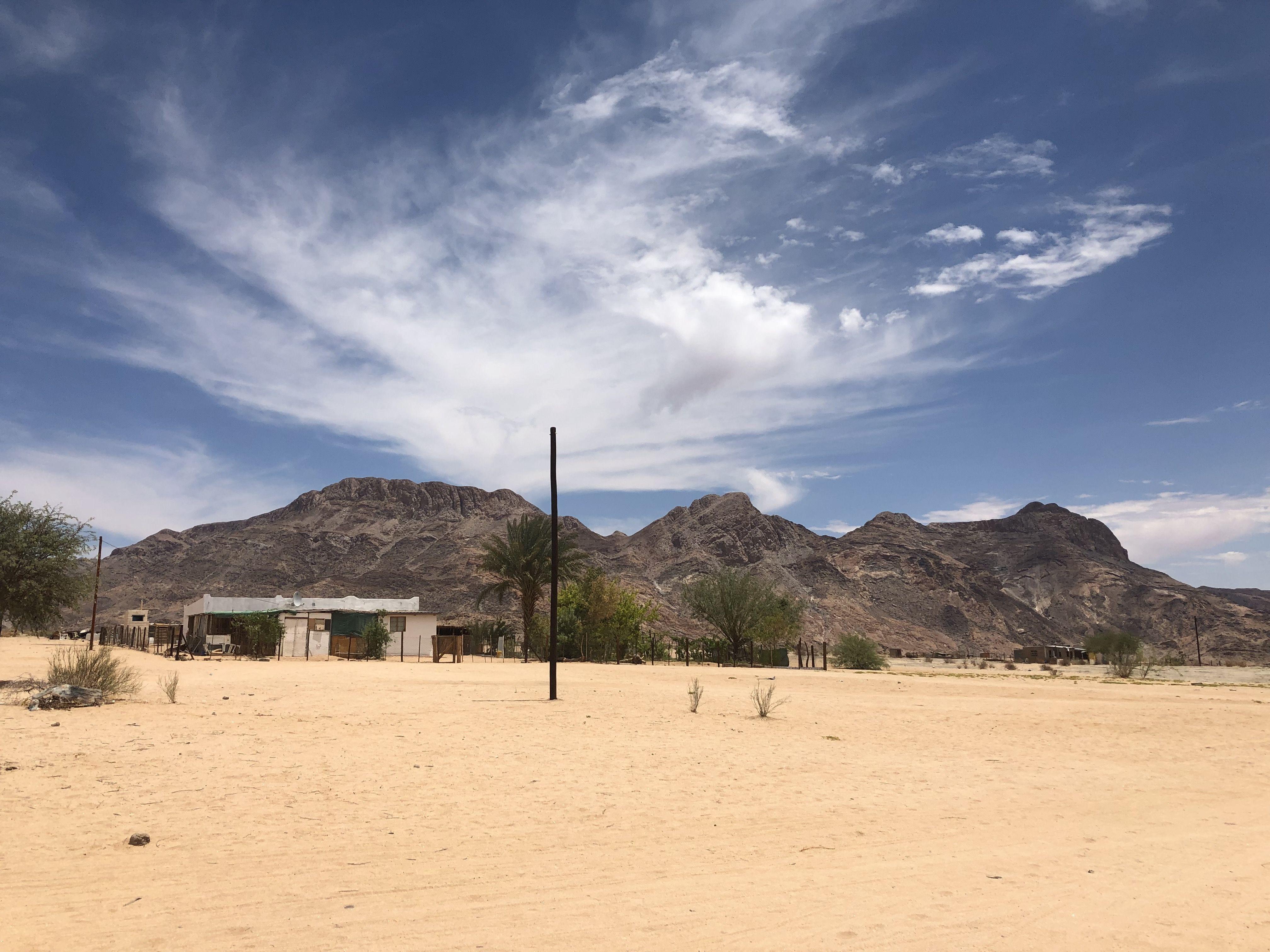 Das Namaqualand ist eine wüstenhafte Region Südafrikas an der Grenze zu Nambia.