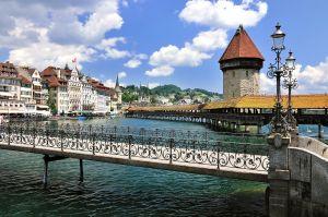 Stadt Luzern von der Rathausbrücke