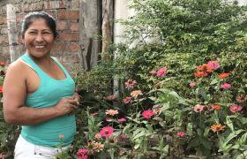 Frau im Garten, Bistum Garzon