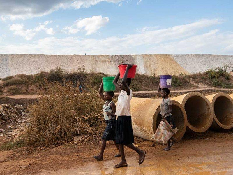 Abbauhalden in der DR Kongo: Projekt Afrewatch von Fastenopfer, Fastenaktion